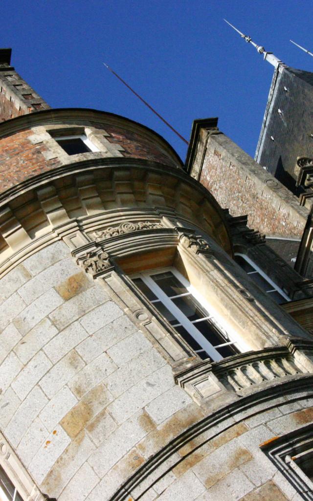 chateau-roche-bagnoles-orne-1