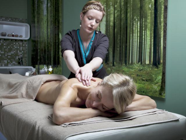 Bagnoles Orne Bo Spa Thermal Femme Massage 2