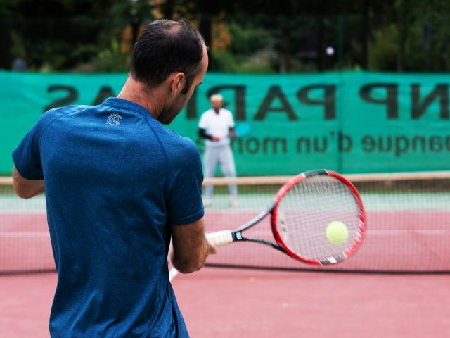 bagnoles-orne-tennis-exterieur-coach-2