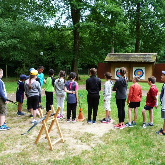 Bagnoles Orne Tir Arc Exterieur Cible Initiation Enfants 2