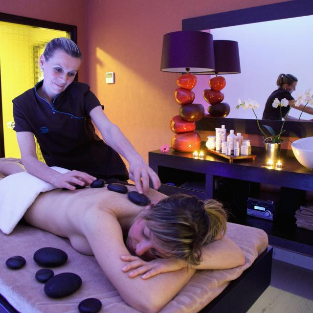 bagnoles-orne-massage-spa-bien-etre-remise-forme-cabine-soin-beryl-hotel-3.jpg