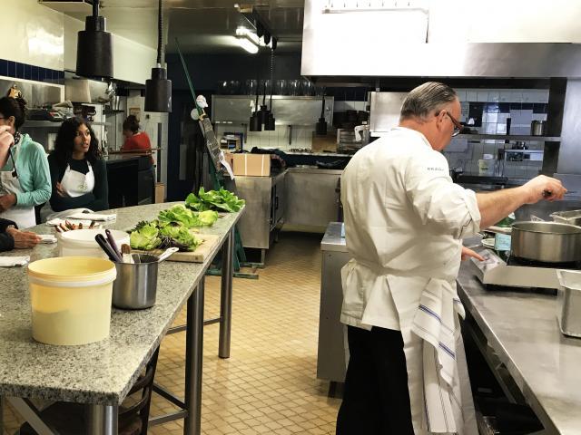 Bagnoles Orne Manoir Lys Atelier Cuisine Retour Marche Gastronomie Terroir Chef Etoile Assiette Cours 3